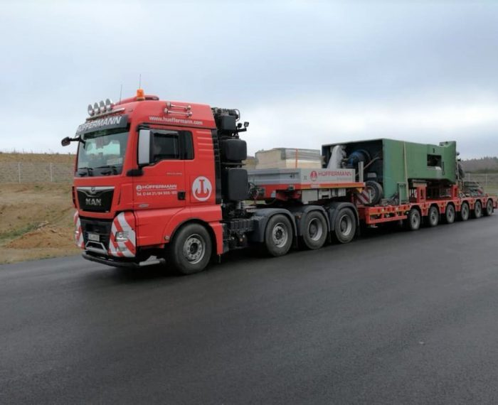 Transportlogistik - Schwertransportbegleitung - Transporte